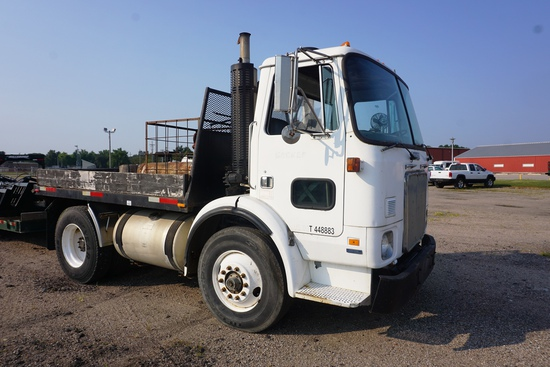 1987 White Expeditor Single Axle Cabover Flatbed Truck, VIN# 1WUDBHMDXHN114814, Cummins 6-Cylinder T