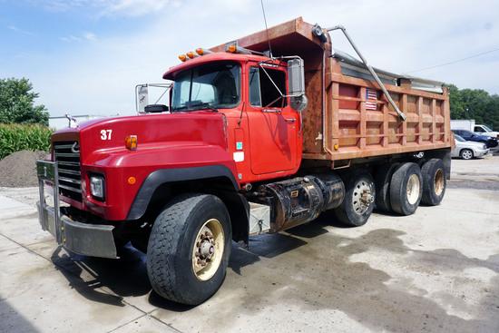 1998 Mack Model RD690S Conventional Triple Axle Dump Truck, VIN# 1M2P264C2WM025737, Mack EM7-300 Tur