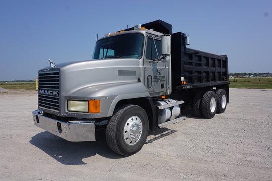 1999 Mack Model CH613 Maxi Cruise Tandem Axle Conventional Dump Truck, VIN# 1M1AA13Y1XW111554, Mac