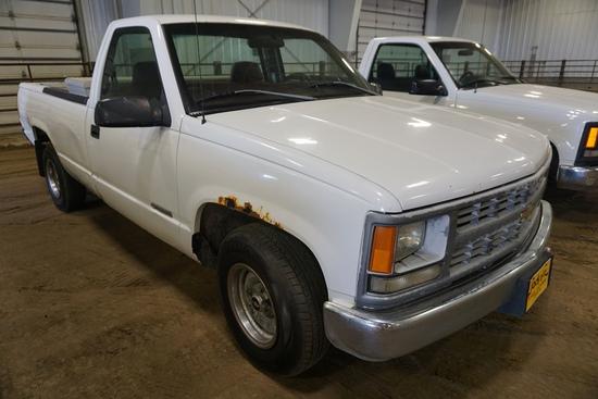 1998 Chevrolet 1500 Pickup, VIN# 1GCEC14WXWZ139770, 276,622 Miles, AM/FM, Air Conditioning & Heat,