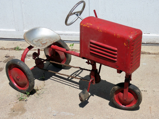 Antique Castelli Metal Pedal Tractor (Complete with Chain Drive-has been re