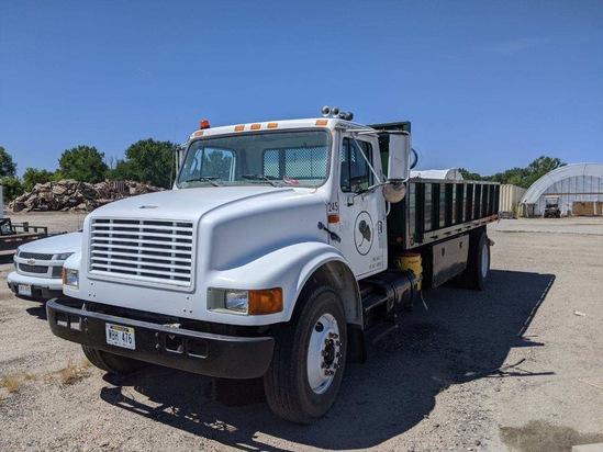 2000 International Model 4900 4x2 Conventional Single Axle Dump Truck, VIN# 1HTSDAAN7YH279654, DT466