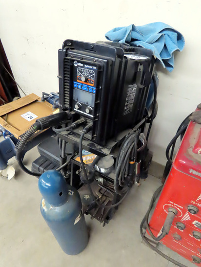Miller Multimatic 200 Portable Wire Feed Welder on Cart w/Gun & Tank, New-Used 2 Times