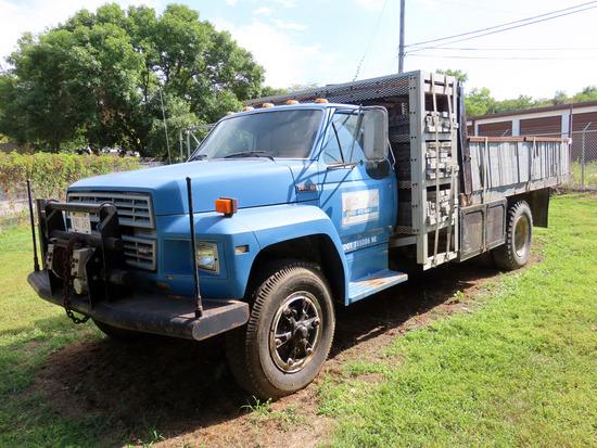 1984  Ford Model F-800 Single Axle Flatbed Truck, VIN#, 370 4-N V-8 Gas Engine, 5 & 2 Transmission,