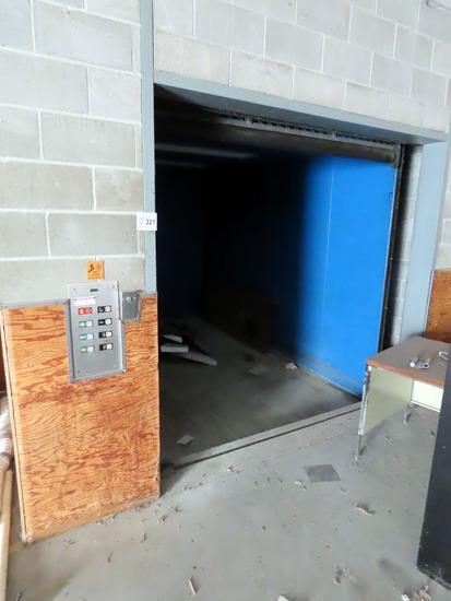 Dover Elevator Systems Inc Oildraulic Freight Elevator, 8' w x 12 1/2' Insi