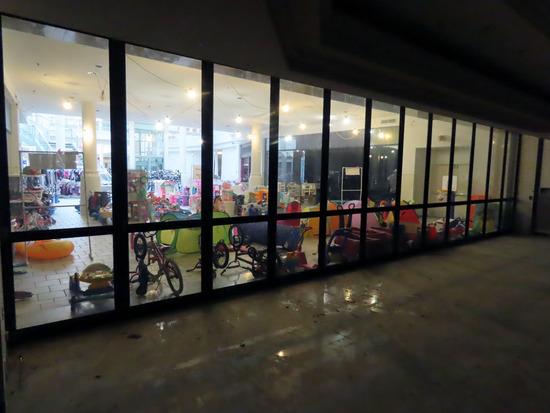 1st Floor Glass & Metal Mall Entrance Doors on 1st Floor of Dillard's (40'
