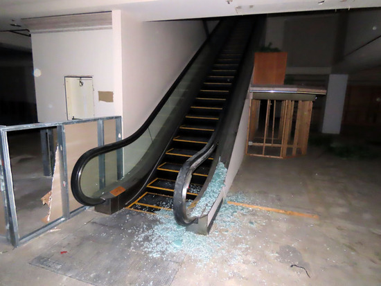 (2) 1986 Escalators from 1st Floor to 2nd Floor, Glass Safety Panels, Hitac