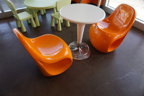 Plastic Round Table with (2) Plastic Chairs