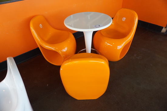 Plastic Round Table with (2) Plastic Chairs.