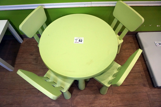 Children's Table with (4) Chairs.