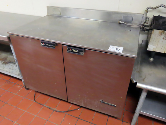 Victory Commercial Stainless Steel Refrigerated Work Table with 2 Lower Doo