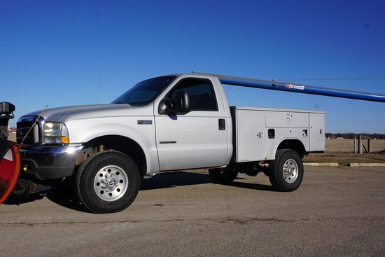 2002 Ford F-350 XLT Super Duty 4x4 Service Truck, VIN# 1FTSF31F62EA96153, 7,3L V-8 Powerstroke Diese