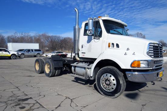 2005 Sterling Model LT9511 Tandem Axle Conventional Day Cab Truck Tractor, VIN# 2FWJAZCH95AV12610,