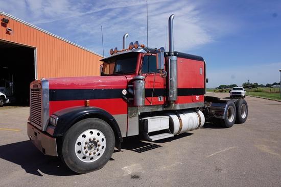 1996 Freightiner FLD120