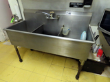 Commercial 3-Tub Deep Tub Stainless Steel Free-Standing Sink with Brand New