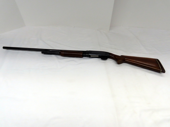 Winchester 12 Featherweight