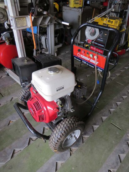 New Troy Bilt Model Pro Line 3700 Portable Cold Water Pressure Washer On Ca