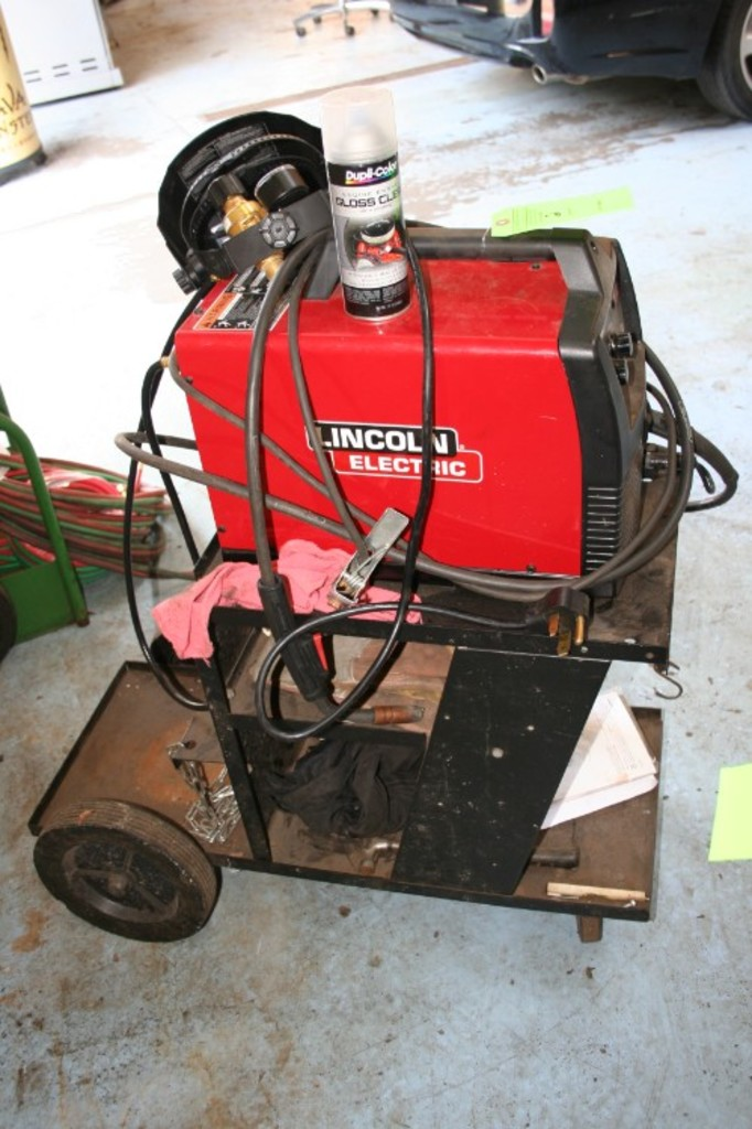Lot: Lincoln Pro Mig 180 Mig Welder | Proxibid Auctions