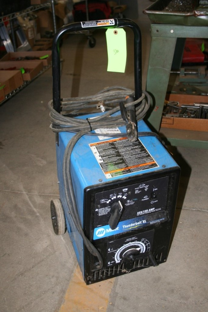Lot: Miller Thunderbolt XL 225/150 Amp Stick Welder