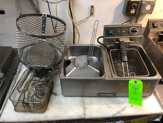 Patriot Countertop Fryer w/ (5) Asst. Baskets