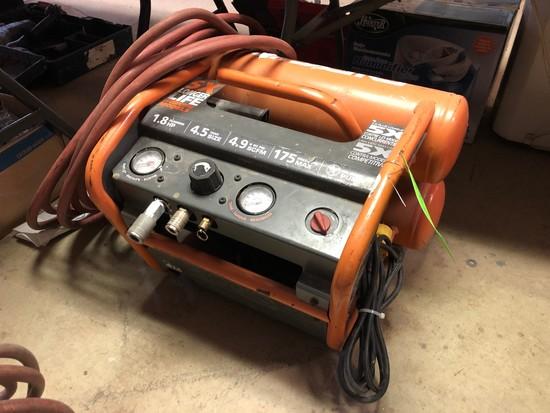 Ridgid 1.5 gal. Portable Air Compressor