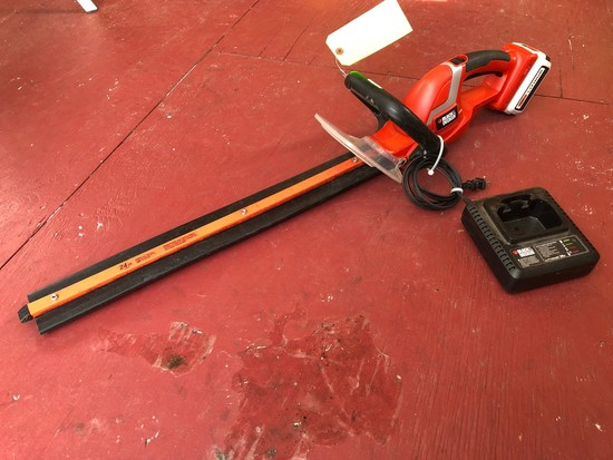 Black & Decker 36v Cordless Hedge Trimmer