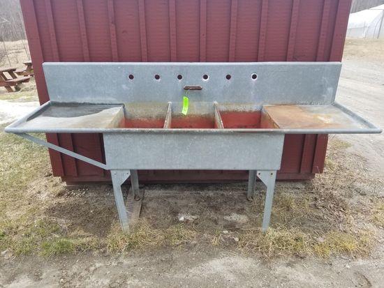Shay Galvanized Wash Sink