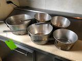(5) Asst. Al. Sauce Pans
