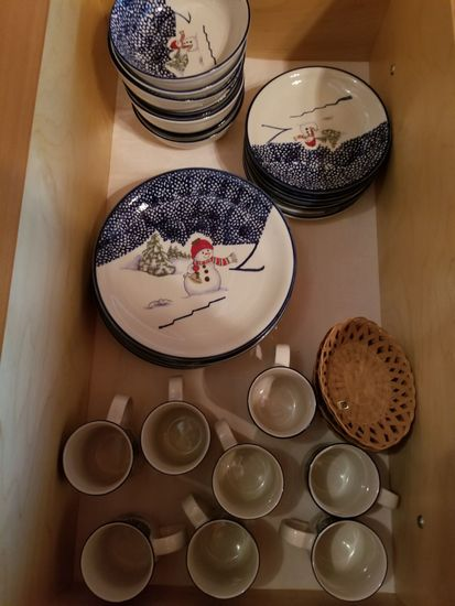 "Thompson Pottery ""Winter Scene"" Dinner Set"