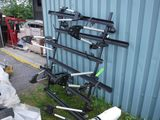 Thule Crossbars & Swagmans Bike Hitch