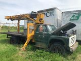 1973 Ford F750 Flatbed Boom Truck