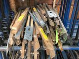 (25 +/-) Wood Roof Brackets