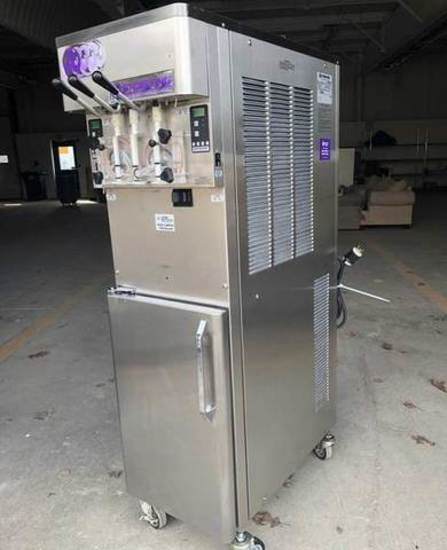 Stoelting Soft Serve Machine