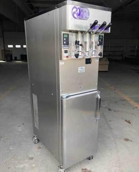 Stoelting Air-Cooled Soft Serve Machine