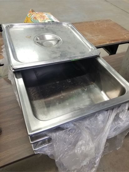 (4) SS Full Size Water Pans & (2) Half Size Covers