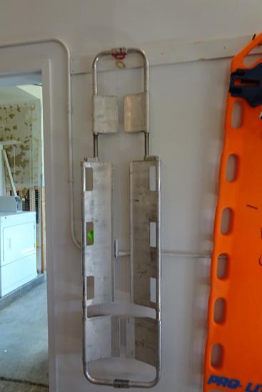 Ferno Aluminum Scooping Back board