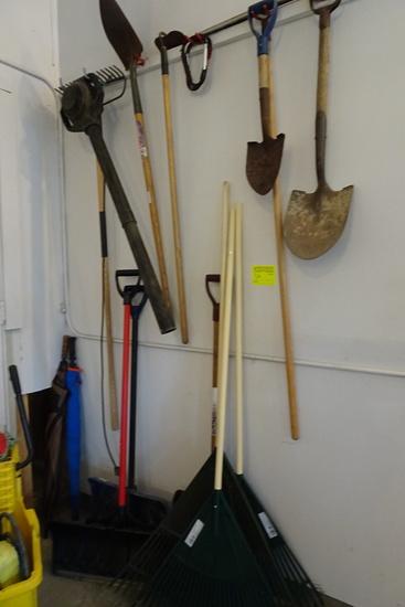 Stick Tools - Shovels, rakes, electric blower