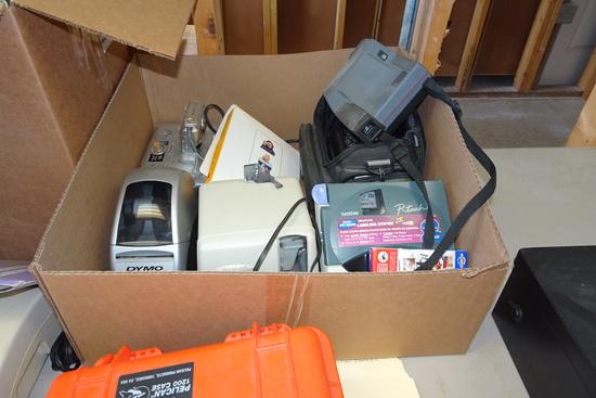 Miscellaneous Office Lot: Sony Digital Camera, Laminator, Dymo label Writer