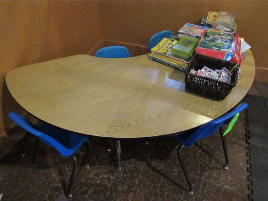 Half Round Table W/ (4) Infant Chairs & Games