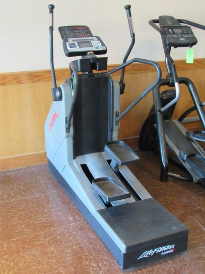 Life Fitness Cross Trainer Total Body System