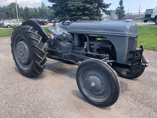 1942 Ford Ferguson 9N Tractor