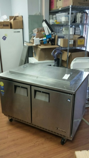 Everest Refrigerated Dipping Cabinet