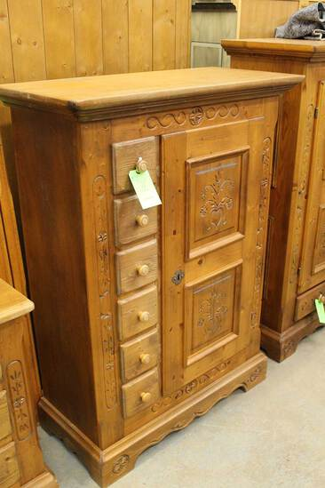 Voglauer Pine Cabinet