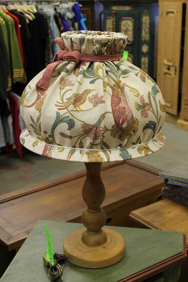 Pine Turned Base Table Lamp w/ Fabric Shade