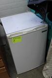 Tramonita Dorm Refrigerator