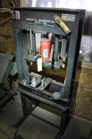 North American Tool Company 30 Ton Heavy Duty Press