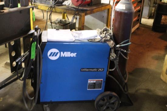 Millermatic 252 Mig Welder
