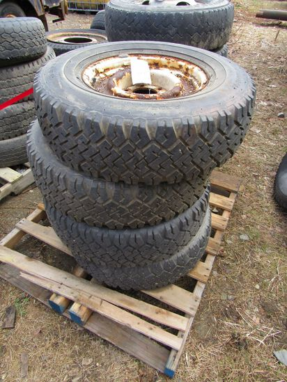 (4) BF Goodrich Trailmaker Tires on Rims
