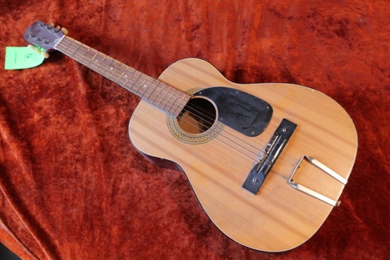 Rexina 6 String Acoustic Guitar