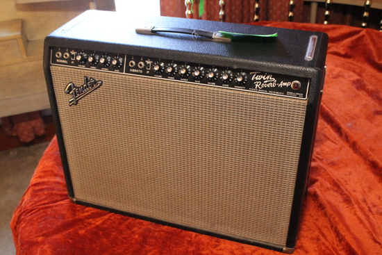 Fender Twin Reverb- Amp